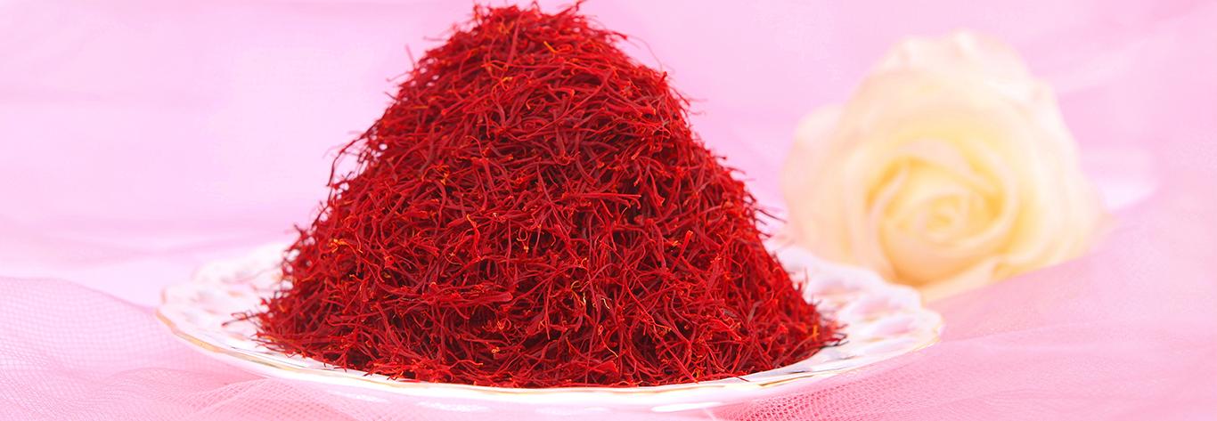 درمان خشکی مو با زعفران