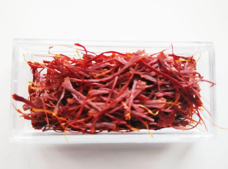 خواص درمانی و خوراکی گل زعفران